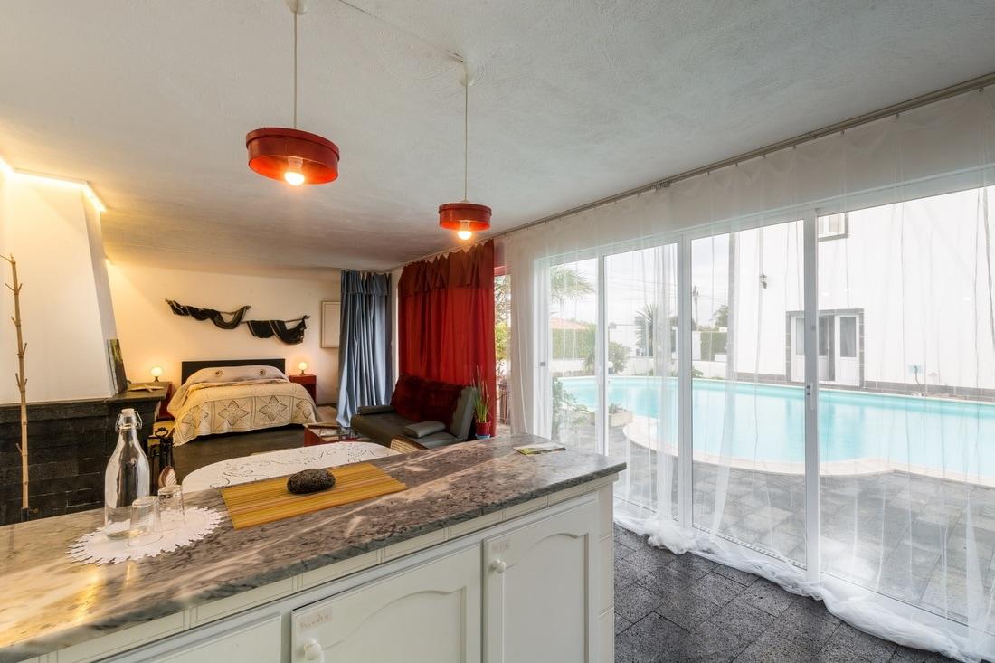 Quinta Minuvida_Suite Wisteria Blick Schlafzimmer